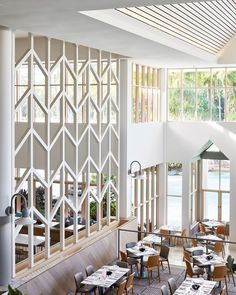 Stylish Makeover Of The Sheraton Mirage The Hawaiian-Australian aesthetic is accented with sophisticated fittings. The post Stylish Makeover Of The Sheraton Mirage appeared first on Design Ideas.