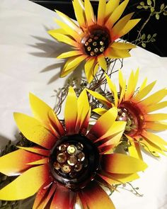 Sparkling Metal Sunflowers Ready To Mount On Thier Garden Stakes!
