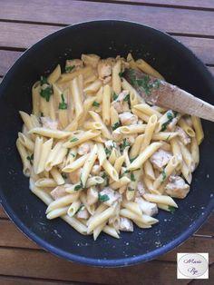 One pot pasta au poulet sauce Alfredo - la recette en cliquant sur la photo