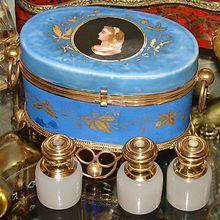 Other Antique Decorative Arts Two Eglomise Parisian Scene Scents Decorative Arts Cheap Sale Antique Grand Tour Souvenir Perfume Casket