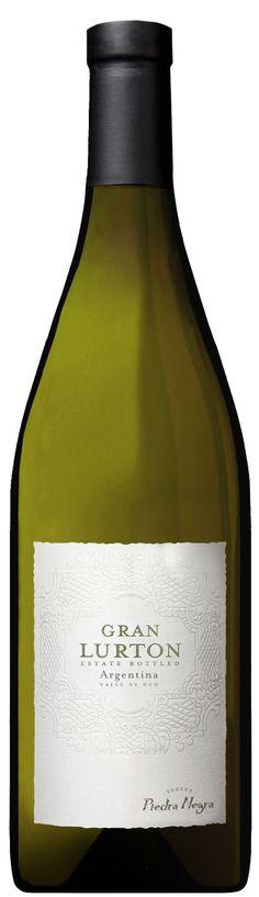 """Gran Lurton Blanco"" 80% Tocai Friulano (Sauvignonasse), 10% Chardonnay, 5% torrontés 2012 - Bodega Piedra Negra, Tunuyán, Mendoza------------------- Terroir: Los Chacayes (Tunuyán) ------- Crianza: 9 meses en barricas de roble francés (solo el Tocai-Sauvignonasse)"