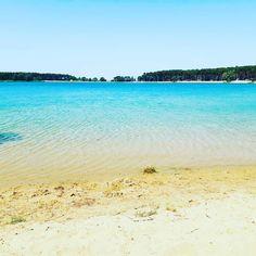 Kam na výlet s dětmi? Podívejte se na 30 tipů, kam vzít děti i celou rodinu a společně strávíte nějaký ten čas a děti se nebudou nudit. Teen, Beach, Water, Outdoor, Instagram, Gripe Water, Outdoors, The Beach, Beaches