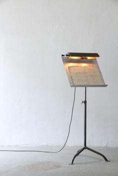 menu stand | unplugged