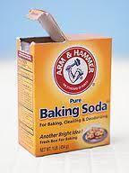 Al jarenlang staat er in m'n keukenkastje een pakje bakingsoda, ook wel zuiveringszout of bicarbonaat genoemd, het pakje stáát niet alleen in het kastje, het spul wordt ook gebruikt en vaak e…