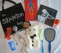 Skeleton Hiccups literacy bag Holiday Classrooms, Classroom Crafts, Classroom Activities, Book Activities, Toddler Activities, Preschool Centers, Preschool Literacy, Preschool Activities, Kindergarten