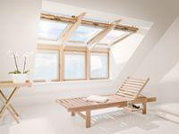 Dakkapel van VELUX - meer daglicht en ventilatie | VELUX Attic Inspiration, Roof Window, Minimalist Architecture, Attic Spaces, Skylight, Future House, Master Bedroom, Home Improvement, Sweet Home