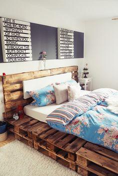 palettenbett selber bauen ideen m bel aus paletten. Black Bedroom Furniture Sets. Home Design Ideas