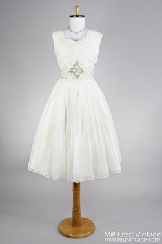 Dreamy 1950 Ruched Chiffon Vintage Wedding Dress for a country chic wedding. #spotifypicks