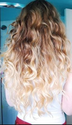 Do it yourself ombr hair ideas pinterest ombre hair style long wavy curls hairstyle with blonde ombre hair coloring color solutioingenieria Images