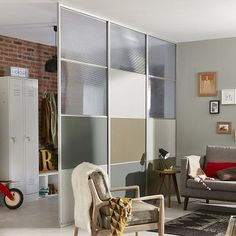 cloison amovible 7 entree leroy merlin Small Bedroom Hacks, Minimalist Interior, Living Room Inspiration, Office Interiors, Home Office, Divider, Sweet Home, Shelves, House