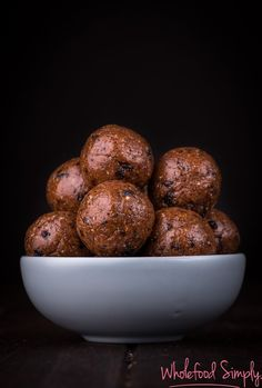 hot cross bun bliss balls (1 of 1)