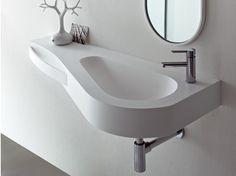 Lavabo suspendu en Korakril™ avec porte-serviettes BOMA   Lavabo avec porte-serviettes - Rexa Design