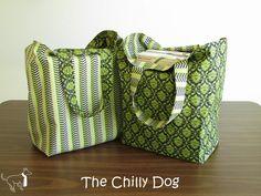 Tutorial per cucire: Come fare una serie di due grandi, robusti, riutilizzabili, reversibili i sacchetti di acquisto di tote |  The Dog Chilly