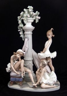 "Lladro ""Ballet Trio"" No. 5235 porcelain figural grouping, marked on bottom and impressed numbers, measures high x. on Jan 2016 Porcelain Jewelry, Fine Porcelain, Porcelain Ceramics, Porcelain Tiles, Ceramic Bowls, Ceramic Art, Doll Tattoo, Princesa Disney, Ceramic Animals"