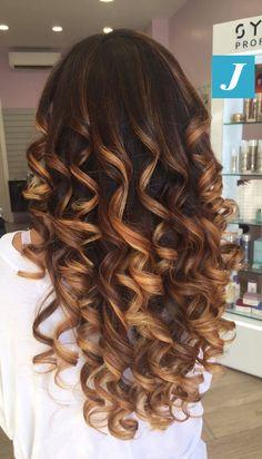 Indossare emozioni _ Degradé Joelle #cdj #degradejoelle #tagliopuntearia #degradé #igers #musthave #hair #hairstyle #haircolour #longhair #ootd #hairfashion #madeinitaly #wellastudionyc