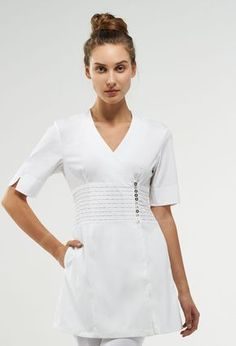 Gracie Cute Scrubs Uniform, Spa Uniform, Scrubs Outfit, Dental Uniforms, Work Uniforms, Uniform Design, Nursing Clothes, Short Styles, Work Fashion