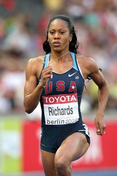 """The inspirational Sanya Richards-Ross says she keeps her diet """"clean"""" with chicken & fish, veggies, no red meats, few supplements. Track Uniforms, Sanya Richards, Marathon Motivation, She Is Fierce, Running Workouts, Female Athletes, Sports Women, Weight Lifting, Olympics"""