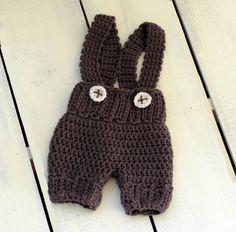 https://www.etsy.com/es/listing/255717475/crochet-baby-boy-overall-shorts-newborn
