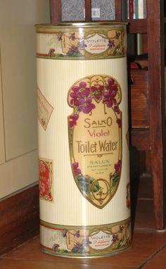 Paragüero decorado con etiquetas de jabón