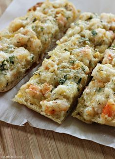 garlic bread, sign us up! This Shrimp Ciabatta is the perfect appetizer for dinner.Savory garlic bread, sign us up! This Shrimp Ciabatta is the perfect appetizer for dinner. Fish Recipes, Seafood Recipes, Cooking Recipes, Bread Recipes, Cooking Tips, Shrimp Dishes, Fish Dishes, Yummy Appetizers, Vegetarian