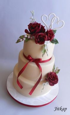 Wedding cake with roses by Jitkap - http://cakesdecor.com/cakes/282120-wedding-cake-with-roses