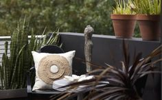 African Decor - Outdoor Setting with Cushion