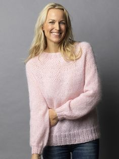 Familie Journal - strikkeopskrifter til hende Loom Knitting Projects, Knitting Patterns, 2016 Fashion Trends, Drops Design, Knit Fashion, Sweater Weather, Pulls, Knitwear, Knit Crochet