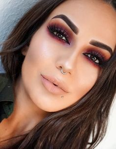 Gorgeous Makeup: Tips and Tricks With Eye Makeup and Eyeshadow – Makeup Design Ideas Dramatic Eye Makeup, Natural Eye Makeup, Natural Eyes, Smokey Eye Makeup, Skin Makeup, Makeup For Brown Eyes, Eyeshadow Makeup, Glam Makeup, Casual Makeup