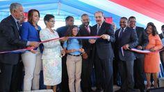 Presidente Danilo Medina entrega escuela El Ave María en Sabana Perdida