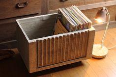 コンクリートでできた収納ボックス