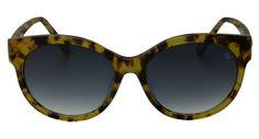 It! Eyewear têm frame gatinho e são super femininos, sem perder a ousadia com armação arrojada. #sunglasses