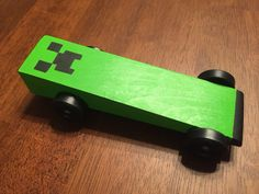Pinecraft Creeper - Minecraft Pinewood Derby Car. #CubScouts #PinewoodDerby #Minecraft