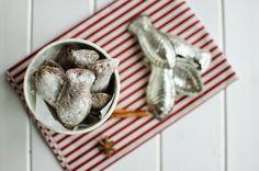 FoodLover: Oříškové pracny Laundry Basket, Christmas Cookies, Wicker, Treats, Xmas Cookies, Sweet Like Candy, Goodies, Christmas Crack, Christmas Biscuits