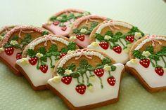 Sweet strawberries by Farina farina.❤