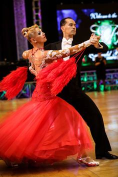 The International Style tango is danced by Charlene Proctor and Michael Choi at the Emerald Ball Los Angeles, 2015 https://www.facebook.com/photo.php?fbid=10153246176419424