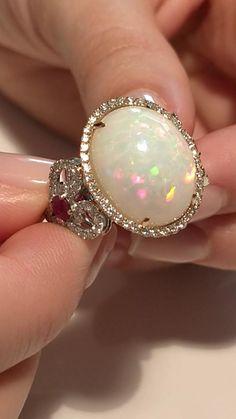 Opal Rings, Diamond Rings, Gemstone Rings, Jewelry Ideas, Jewelry Box, Bijoux Design, Beautiful Rocks, Opals, Marbles