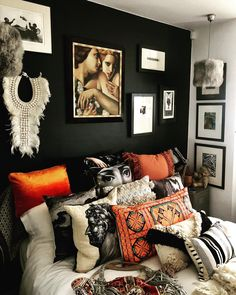 Home Decoration Design. Design Doesn't Need To Be Challenging Boho Bedroom Decor, Bedroom Themes, Home Bedroom, Bedrooms, 70s Bedroom, Jungle Bedroom, Bedroom Brown, Boho Decor, Interior Desing