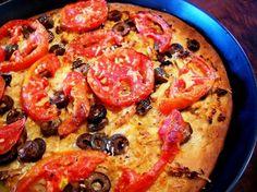 Σήμεραέφτιαξα κάτι σαν λαδένια! Είχα δύο έτοιμες βάσεις για πίτσα πολύ ωραίες -τιςτρως και σκέτες Pepperoni, Vegetable Pizza, Vegetables, Food, Essen, Vegetable Recipes, Meals, Yemek, Veggies