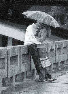 ideal romantic moment! Kissing In The Rain, Walking In The Rain, Rainy Night, Rainy Days, Rainy Mood, Big Bisous, Rain Quotes, Quotes Quotes, I Love Rain