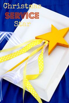 Christmas Service Star-a great Christ-centered alternative to Elf on the Shelf. Really fun family tradition from www.lets-get-together.com
