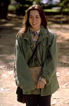 Linda Cardellini.... love her character in freaks and geeks