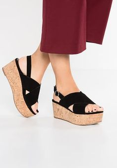 sneakers for cheap 05a40 93268 CASMA - Sandalen met plateauzool - black