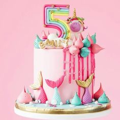 This cake is what 5 year old dreams are made of! Beautiful pink with mermaid tails, a unicorn, meringues and rainbows! 🌈💕🌊 Seriously stunning work by the incredible 🌸 Girl Birthday Decorations, Girls Birthday Party Themes, Unicorn Birthday Parties, Baby Birthday, Birthday Ideas, Fairy Birthday Cake, Mermaid Birthday, Fete Halloween, Bday Girl