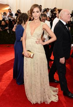 Pin for Later: Who Wore What: See Every Look on the Met Gala Red Carpet Jessica Alba at the 2014 Met Gala Jessica Alba glowed in her metallic Diane von Furstenberg gown and Ippolita pavé diamond ring.