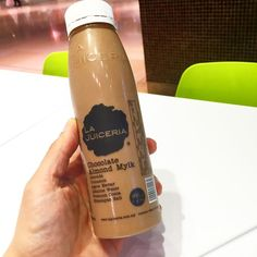 Enjoying my chocolate almond mylk from La Juiceria #lajuiceria #chocolate #almondmilk #alomondmylk #kualalumpur #pavillion #eatclean #eathealthy #trainhard #urbanape #boxing #nuts #goodfat #cinnamon #agave #almonds #alkalinewater by oliviacarlaling March 29 2016 at 06:24AM