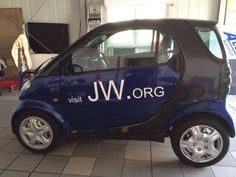 jw.org I just love the Smart car too!!