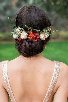 Wedding Hairstyles»18 Wedding Updo Hairstyles with Greenery Decorations >>  ❤️ See more: http://www.weddinginclude.com/2017/03/wedding-updo-hairstyles-with-greenery-decorations/