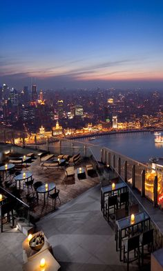 View from the outdoor terrace on the rooftop of the Ritz-Carlton Shanghai, Pudong district, China Rooftop Party, Rooftop Garden, Rooftop Terrace, Garden Cafe, Medan, Restaurant Hotel, Best Rooftop Bars, Cool Pools, Belle Photo