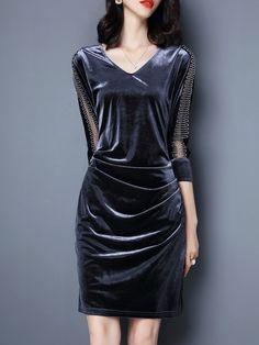 Silhouette:Bodycon; Dress Length:Above Knee; Sleeve Length:Three-Quarter Sleeve; Sleeve Type:Regular; Neckline:V-Neck;