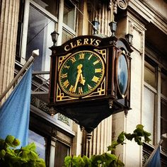 One of Dublin's best-known meeting points - the clock at Clery's department store on O'Connell St #dublin #ireland